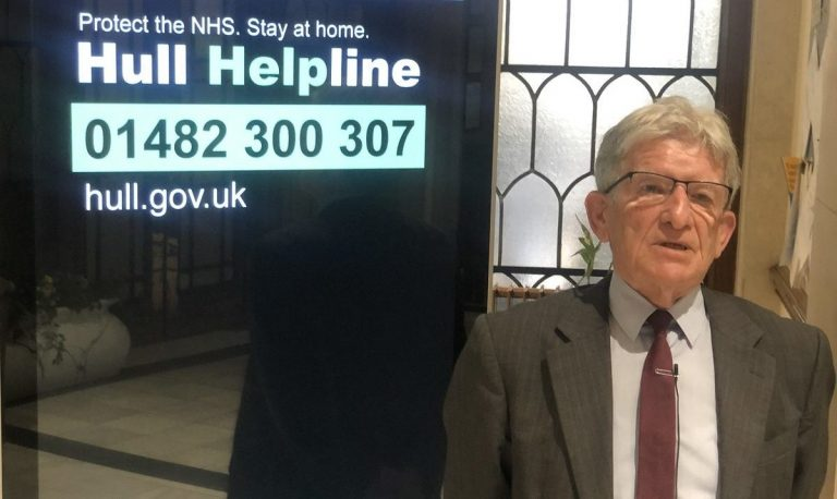Local charities gather to support Hull Helpline