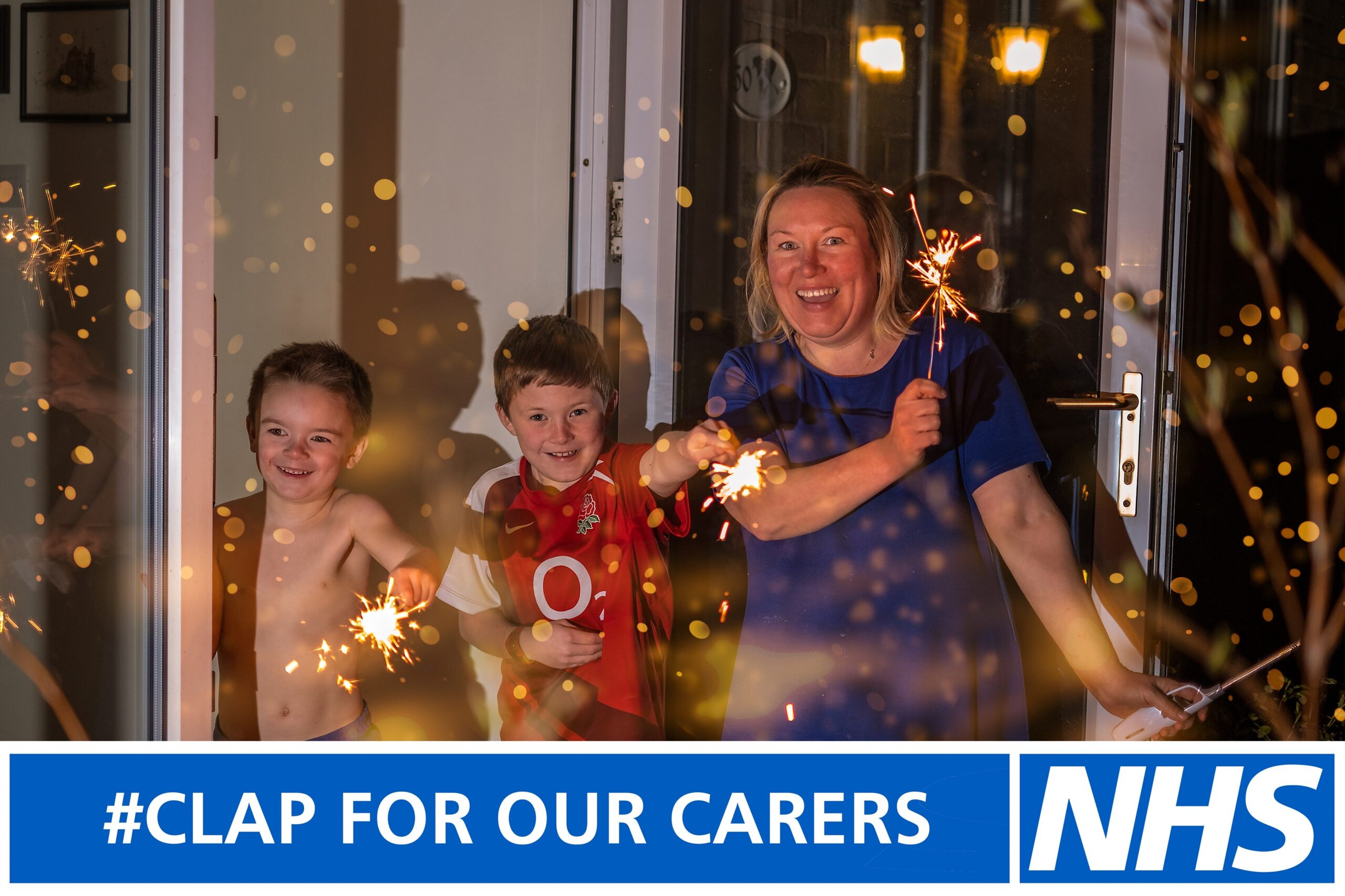 Hull urged to #ClapForOurCarers to celebrate NHS workers