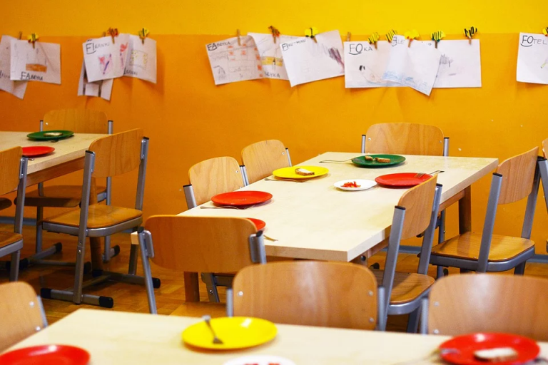 Read more about the article Families encouraged to check eligibility for free school meals