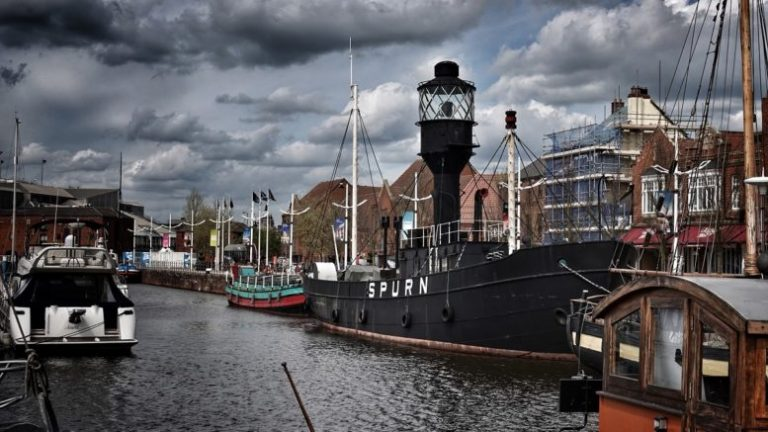 Read more about the article Two of Hull's historic ships set to receive major restoration