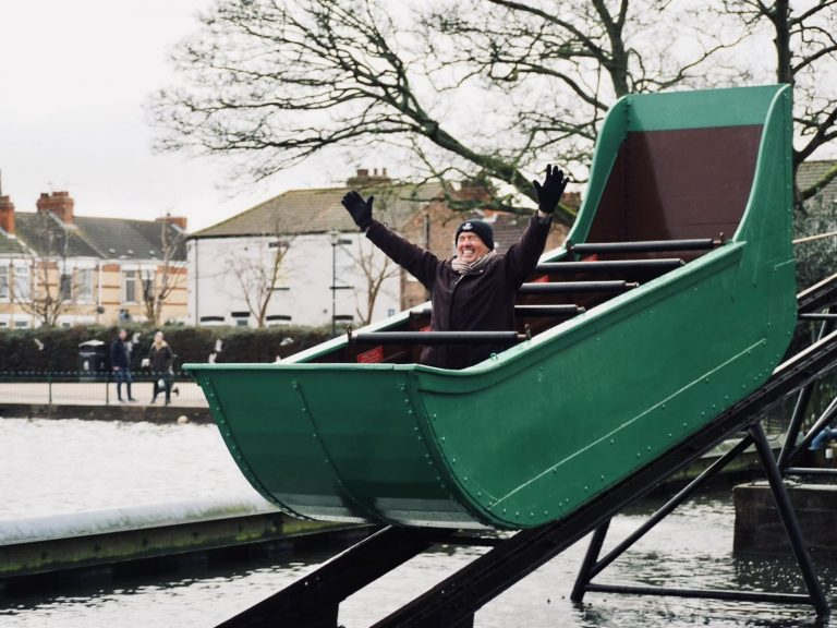 Read more about the article Historic splash boat returns to East Park