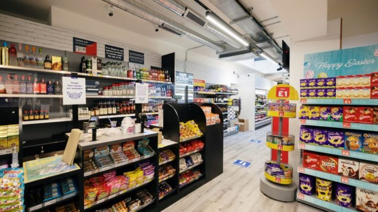 New supermarket opens in Hull's Old Town
